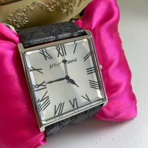 BETSEY JOHNSON unworn black lace mirror watch